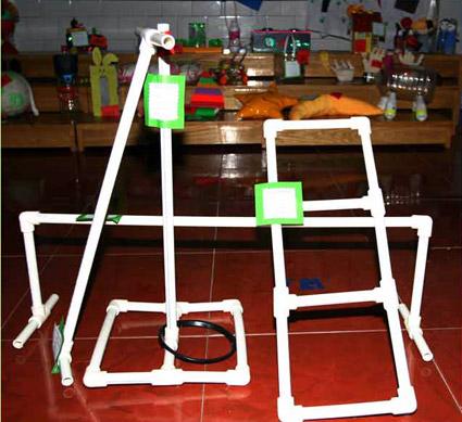 幼儿园中班体育游戏:体育器械